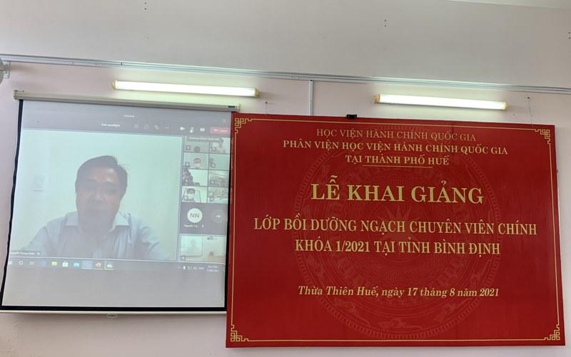 Đ/c Nguyễn Trung Chiến – Đại diện cho các học viên phát biểu tại Lễ khai giảng