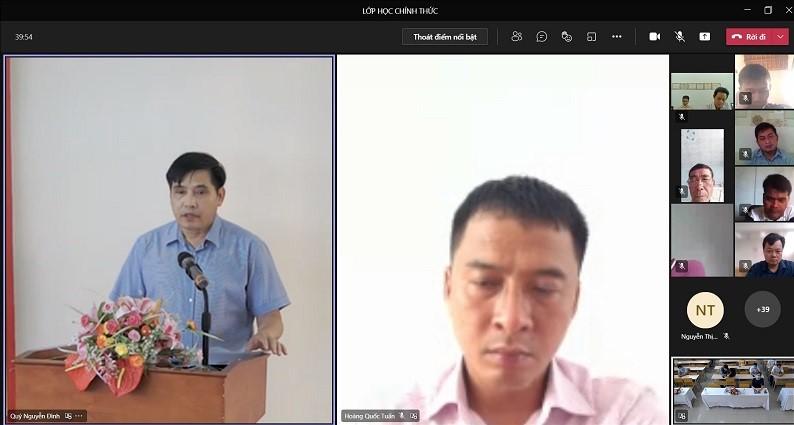 Đồng chí Hoàng Quốc Tuấn – Trưởng phòng Nội vụ huyện Hoài Ân, tỉnh Bình Định  tham dự buổi Lễ tại điểm cầu trực tuyến