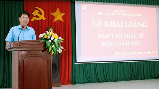 Học viên Phan Thanh Dũng phát biểu cảm ơn tại buổi lễ