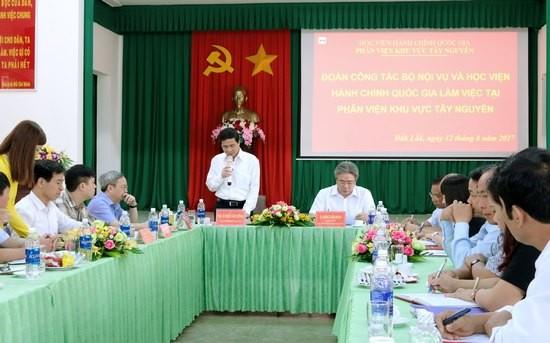 PGS.TS. Triệu Văn Cường - Thứ trưởng Bộ Nội vụ phát biểu tại buổi làm việc