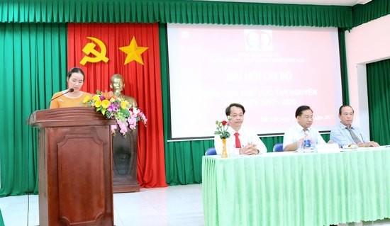 Đồng chí Đặng Thị Phương Thảo thông qua Nghị Quyết Đại hội