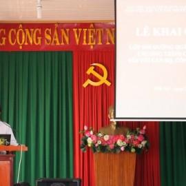 Ông Nguyễn Tiến phúc - Trưởng phòng Nội vụ huyện Đắk Mil phát biểu tại lễ khai giảng