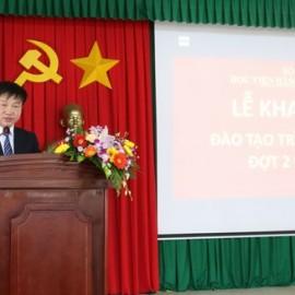 TS. Nguyễn Minh Sản – Phó trưởng khoa Sau đại học- Học viện Hành chính Quốc gia công bố Quyết định công nhận trúng tuyển của các học viên