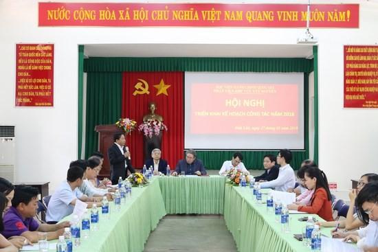 TS. Nguyễn Đăng Quế - Giám đốc Phân viện khu vực Tây Nguyên báo cáo tóm tắt kết quả hoạt động năm 2017 và kế hoạch công tác năm 2018 của Phân viện