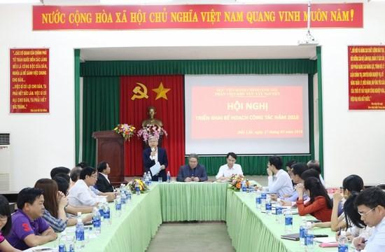 NGƯT. TS. Vũ Thanh Xuân – Phó Giám đốc Học viện hành chính Quốc gia phát biểu tại hội nghị