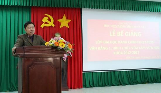 PGS.TS. Nguyễn Văn Hậu - Trưởng Ban đào tạo, Học viện Hành chính Quốc gia phát biểu bế giảng lớp học