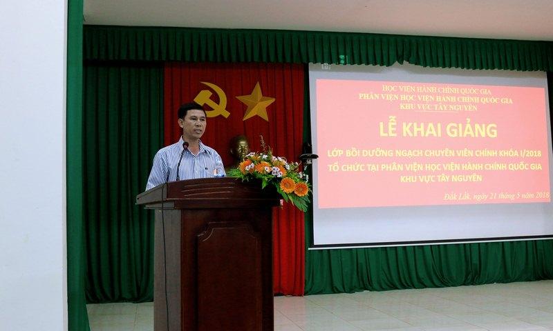 Đại diện học viên của lớp phát biểu tại buổi lễ