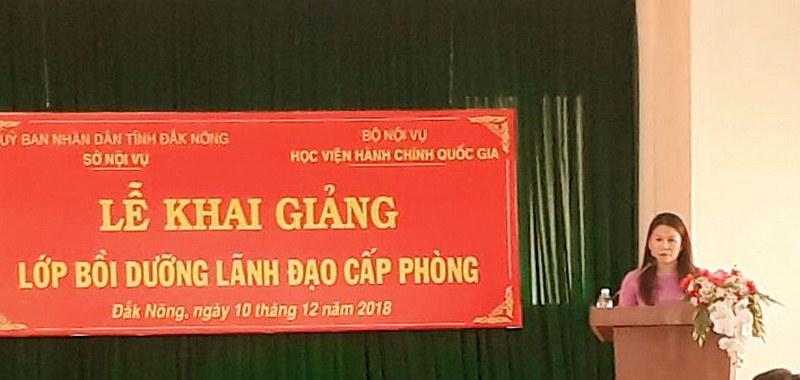 Bà Nguyễn Thị Thu Hường - Phó Giám đốc Sở Nội vụ tỉnh Đắk Nông phát biểu tại buổi lễ