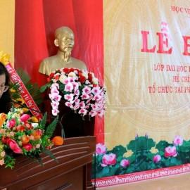 Bà Đặng Thị Việt Hà - Chuyên viên Phòng Quản lý Đào tạo và Bồi dưỡng, Phân viện Học viện Hành chính Quốc gia khu vực Tây Nguyên công bố kết quả học tập của lớp