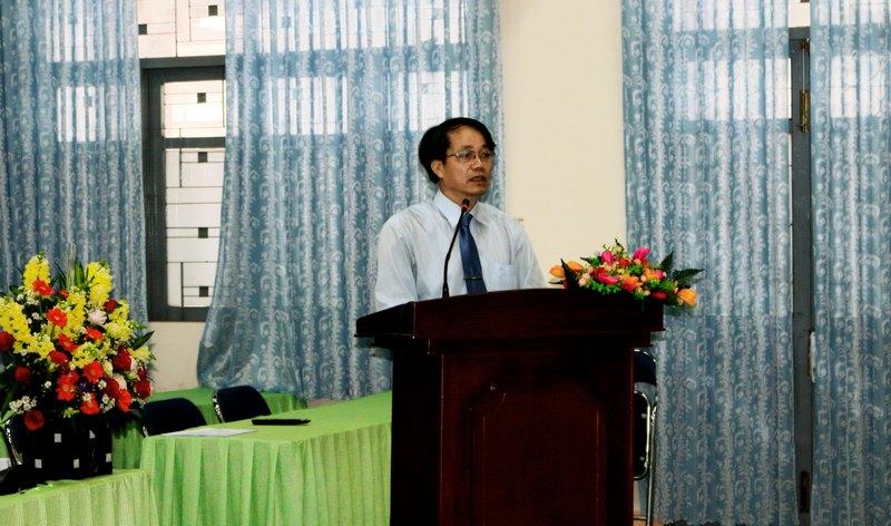 Đồng chí Lê Văn Từ  phát biểu tham luận tại Đại hội
