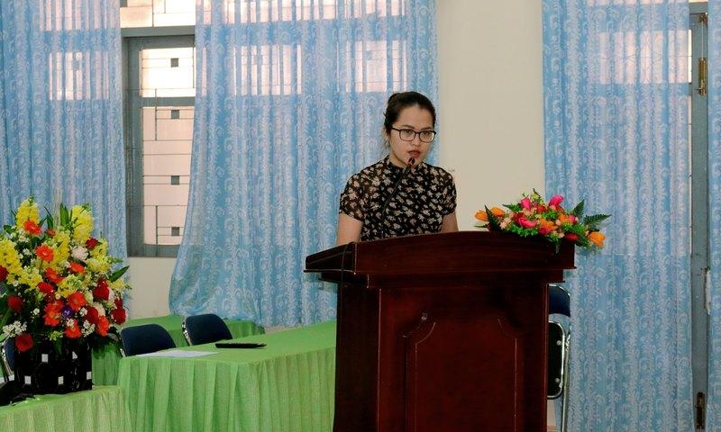 Đồng chí Nguyễn Thị Thùy Mai phát biểu tham luận tại Đại hội