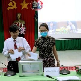 Đảng viên bỏ phiếu bầu Chi ủy nhiệm kỳ 2020-2022