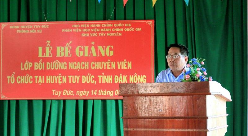 Ông Phạm Ngọc Ẩn - Phó chủ tịch UBND huyện phát biểu tại buổi lễ