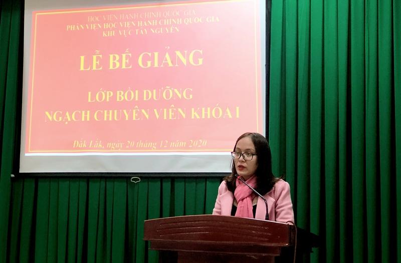 Học viên Nguyễn Thị Thu Hoài - Đại diện học viên của lớp phát biểu cảm ơn