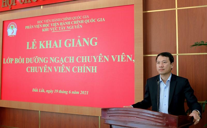 TS. Thiều Huy Thuật - Phó Giám đốc Phân viện HVHCQG khu vực Tây Nguyên phát biểu tại buổi lễ