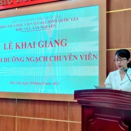 ThS. Tạ Thị Thu Trang - Phòng Quản lý ĐT-BD công bố các Quyết định liên quan