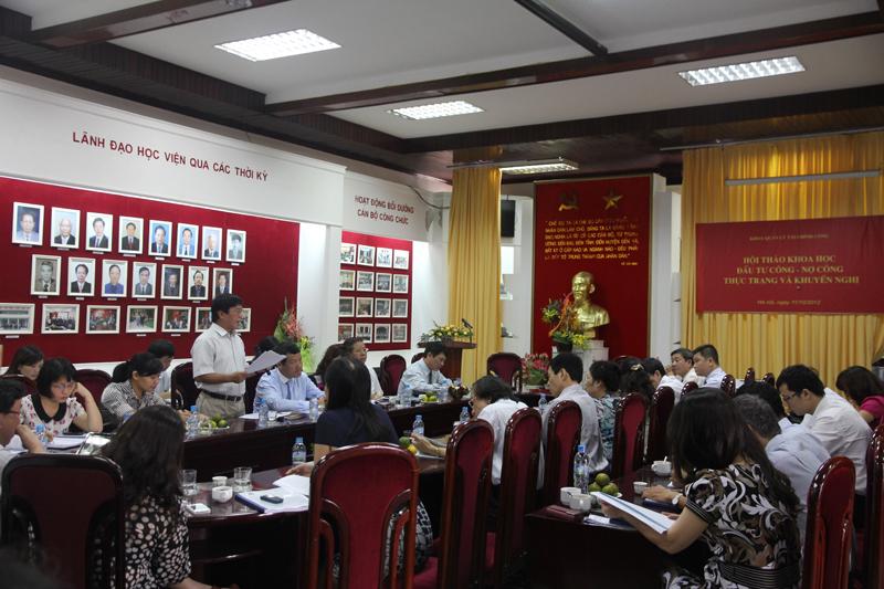PGS. TS Đỗ Văn Thành – Nguyên Vụ trưởng Vụ Đầu tư – Bộ Tài chính trình bày tham luận tại Hội thảo