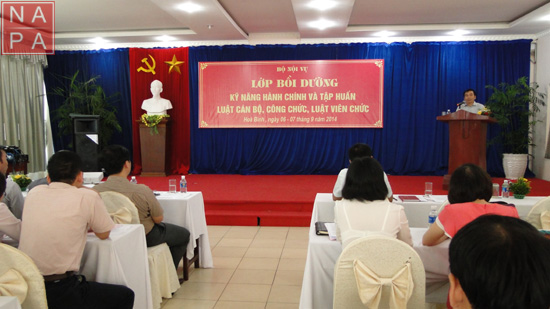 Đc Mai Thanh Bình phát biểu khai mạc lớp bồi dưỡng