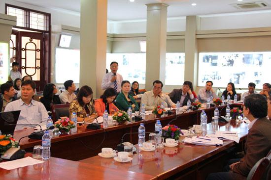 ThS.CVCC. Vũ Văn Thành – Chánh Văn phòng Học viện phát biểu ý kiến tại Hội nghị