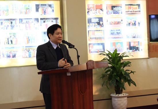 TS. Lê Như Thanh, Bí thư Đảng ủy, Phó giám đốc Thường trực Học viện phát biểu chúc mừng các CCB nhân Kỷ niệm 70 năm thành lập QĐND Việt Nam.