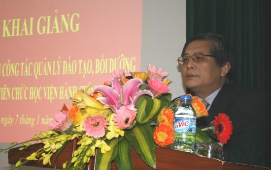 PGS.TS. Luu Kiem Thanh phat bieu tai Le khai mac