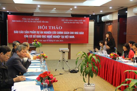 PGS.TS. Lê Thị Vân Hạnh – Phó Giám đốc Học viện phát biểu tại hội thảo