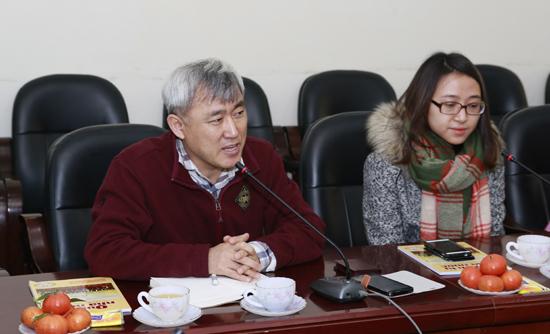 ông Kim Youngsoon phát biểu tại hội thảo