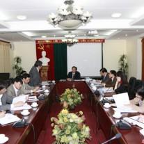 PGS.TS. Lưu Kiếm Thanh phát biểu đóng góp vào hoạt động của khoa trong năm 2015