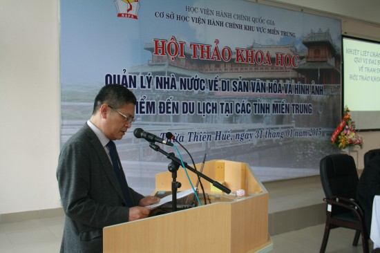 PGS.TS. Lưu Kiếm Thanh, phát biểu đề dẫn hội thảo