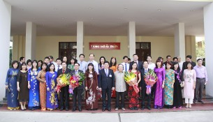 Các đại biểu dự Lễ kỷ niệm Ngày Nhà giáo Việt Nam 20/11