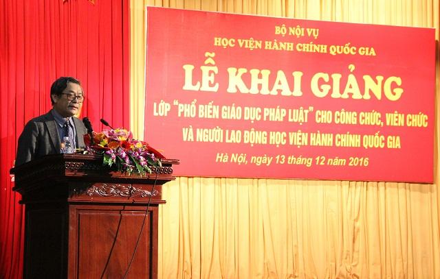 PGS.TS. Lưu Kiếm Thanh - Phó Giám đốc Học viện phát biểu tại Lễ khai mạc