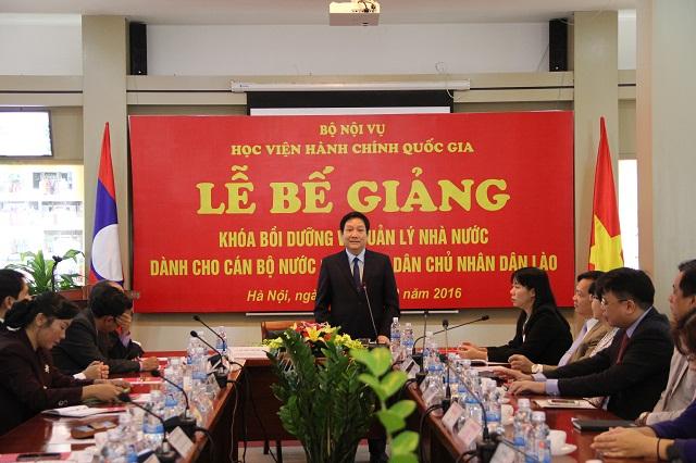 TS. Lê Như Thanh – Phó Giám đốc Thường trực Học viện phát biểu tại Lễ bế giảng