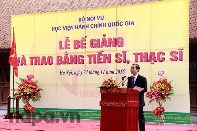 PGS.TS. Nguyễn Bá Chiến báo cáo kết quả đào tạo Tiến sĩ, Thạc sĩ của Học viện
