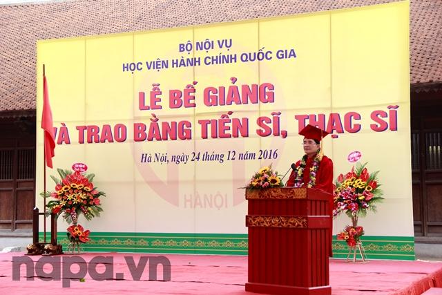 Tân Tiến sĩ Trần Sơn Hà phát biểu cảm nghĩ