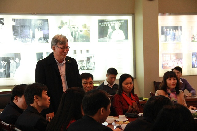 Nhà báo Phạm Hồng Thông - Phó Tổng Biên tập Tạp chí Tổ chức nhà nước phát biểu tại Hội nghị