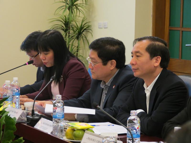 Lãnh đạo Ban Hợp tác Quốc tế báo cáo kết quả hợp tác đào tạo và bồi dưỡng giữa  Học viện Hành chính Quốc gia và các đối tác Lào