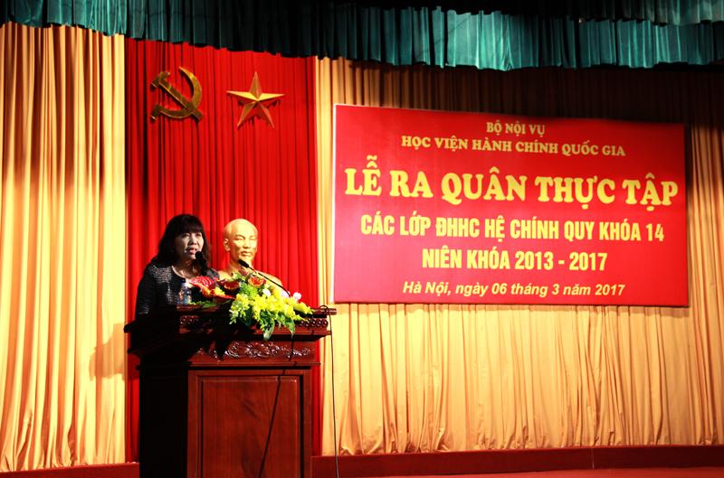 PGS.TS. Lê Thị Vân Hạnh - Phó Giám đốc Học viện phát biểu tại buổi Lễ