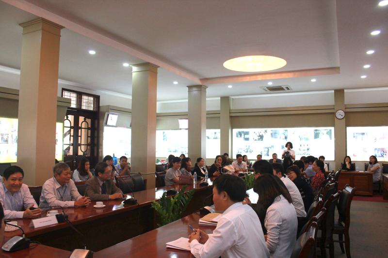 Hội đồng tuyển sinh làm việc với các ban
