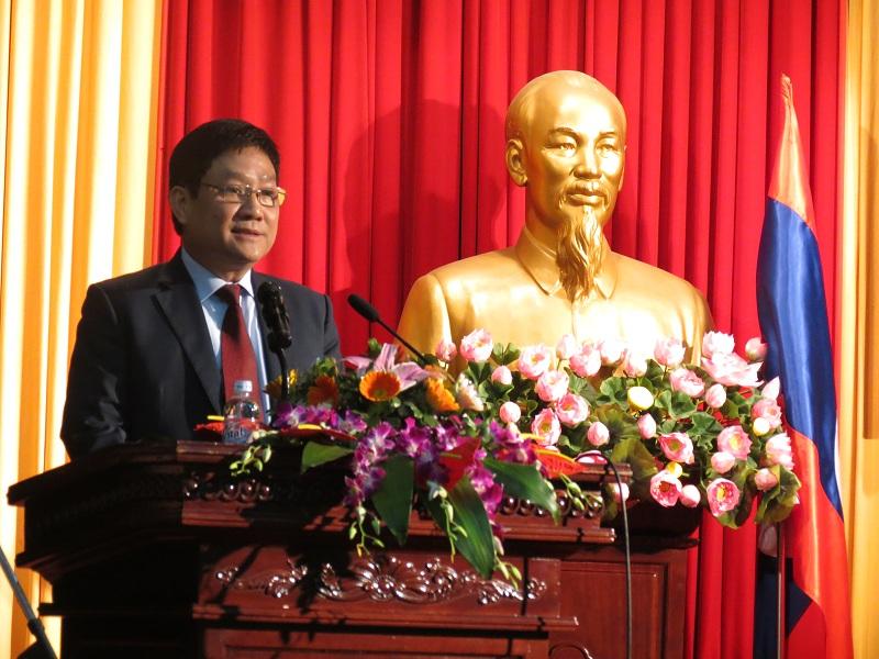 TS. Lê Như Thanh, Bí thư Đảng ủy, Phó Giám đốc thường trực Học viện Hành chính quốc gia, phát biểu chào mừng tại buổi lễ