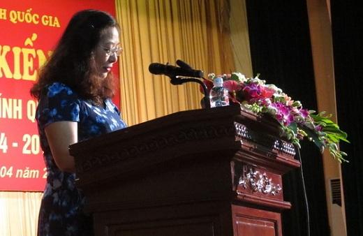 ThS. Phạm Thị Lợi - Phó Trưởng Ban Đào tạo công bố Quyết định kiến tập
