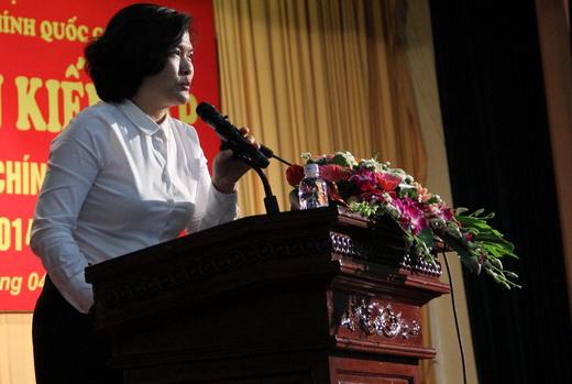ThS. Phan Thị Thanh Hương - Trưởng phòng Đào tạo Đại học, Ban Đào tạo, khai mạc Lễ ra quân kiến tập