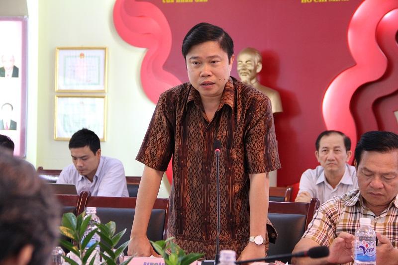 PGS. TS. Nguyễn Văn Hậu - Trưởng ban Đào tạo báo cáo về công tác đào tạo đại học của Học viện