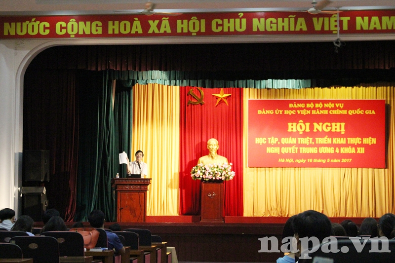 PGS.TS. Nguyễn Minh Tuấn nêu ví dụ cụ thể về công tác tự kiểm điểm của Đảng viên