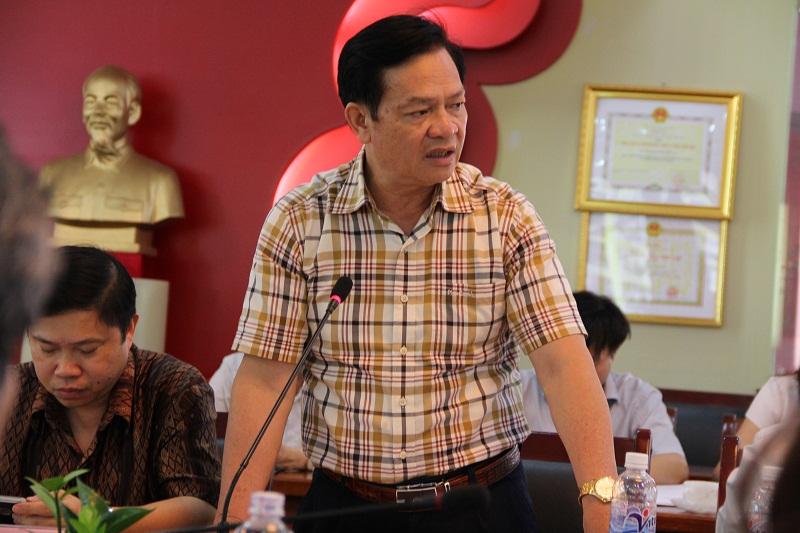 TS. Hoàng Quang Đạt - Trưởng Khoa Đào tạo, bồi dưỡng công chức và tại chức báo cáo về hoạt động đào tạo, bồi dưỡng cán bộ, công chức của Học viện
