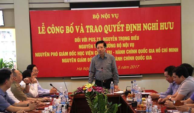 PGS.TS. Nguyễn Trọng Điều phát biểu cảm ơn lãnh đạo Bộ Nội vụ, Học viện Hành chính Quốc gia