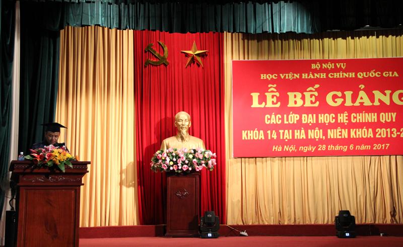 Đại diện sinh viên Lào phát biểu