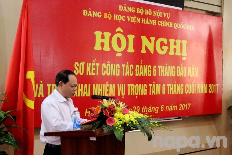 Đồng chí Hà Quang Thanh – Bí thư Đảng bộ Bộ phận cơ sở TP. Hồ Chí Minh phát biểu tham luận tại Hội nghị
