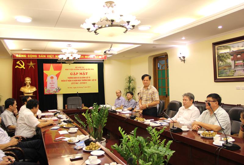 Đồng chí Hoàng Quang Đạt phát biểu ý kiến