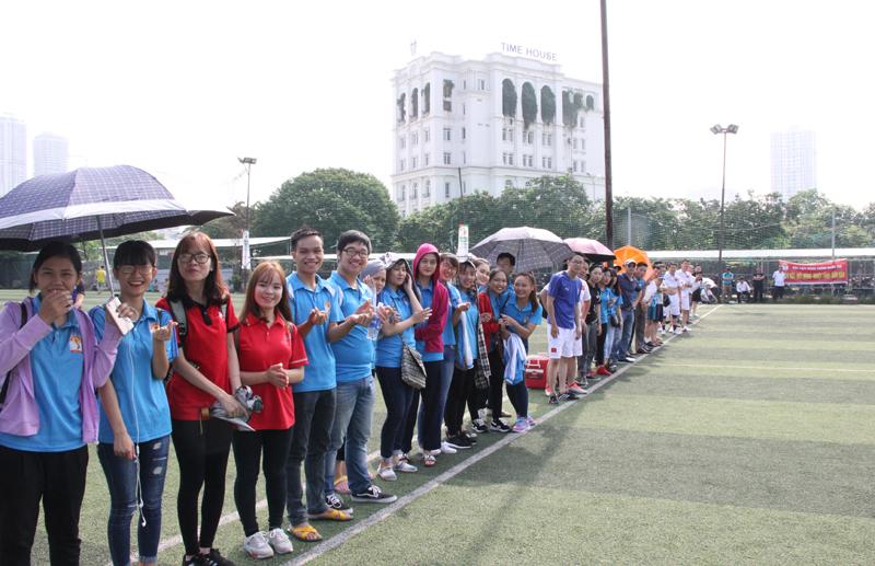 Đội cổ vũ của Học viện Hành chính Quốc gia