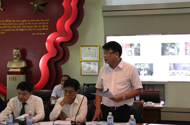 ThS. Bùi Huy Tùng – Chánh Văn phòng Học viện trình bày báo cáo về tình hình hoạt động của Học viện trong tháng 8/2017